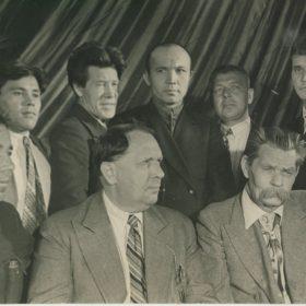 Фото. А.М. Горький и татарские писатели
