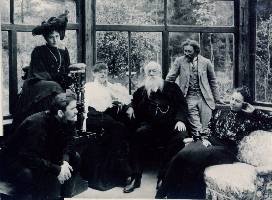Фотография «На даче у И.Е.Репина в Куоккале летом 1905 года»