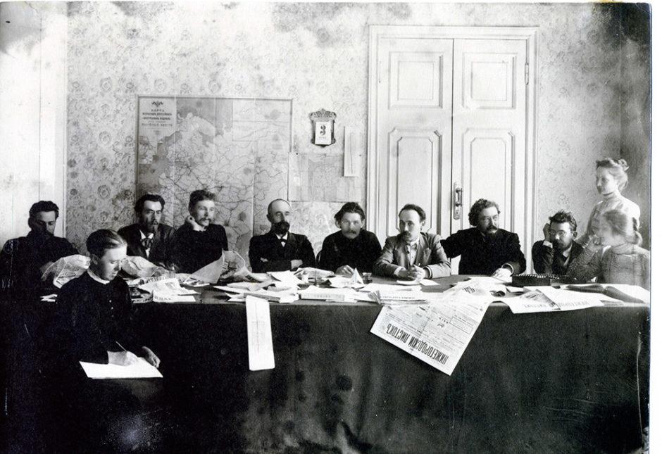 А.М. Горький в редакции газеты «Нижегородской листок». 1899