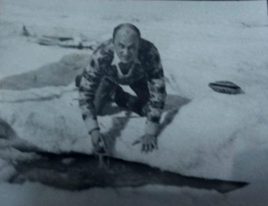 «Любовь к Северу». Часть 3 (Фото. Максим Пешков во время путешествия по Северному Ледовитому океану. 1931)