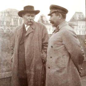 Фото. Горький и Будённый. Москва, Красная площадь. 1934