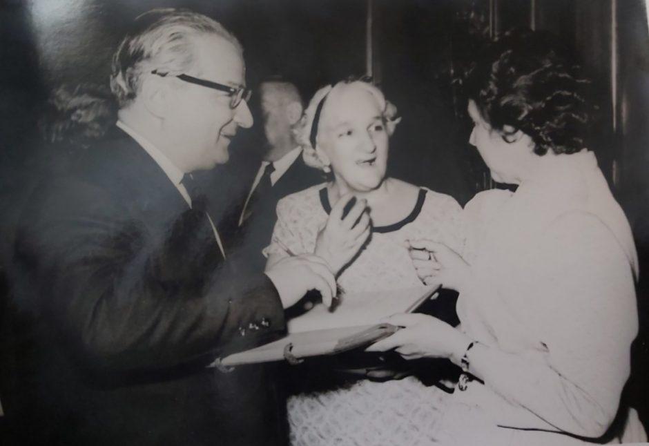 Фото. И.Л.Андроников, И.Ф.Шаляпина и Н.А.Пешкова. Москва. 1961