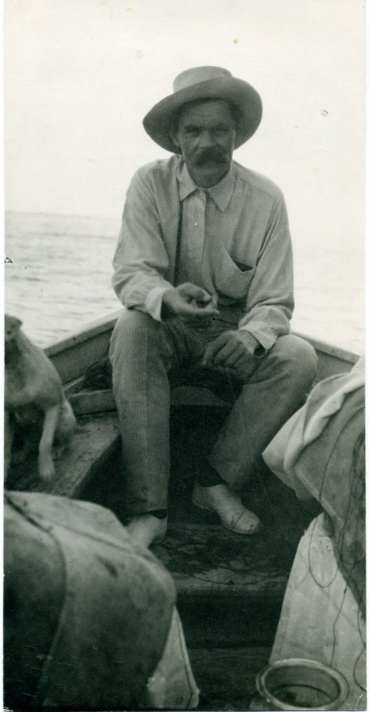 Фото. А.М.Горький на о.Капри. 1910