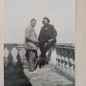 Фото. А.М.Горький и А.Б.Халатов. Италия, Сорренто. 1931
