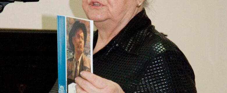 Фото.Спиридонова Л.А. на очередных Горьковских чтениях в Казани. 2009 г.